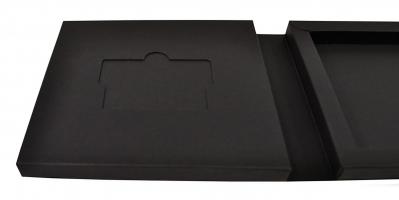Индивидуальная упаковка для пластиковой карты и брошюры