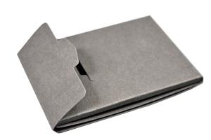 Самосборная упаковка для подарочной пластиковой карты