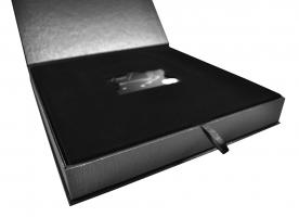 Элитная коробка для пластиковой карты и буклета