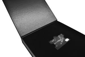 Коробка элит для пластиковой карты и буклета