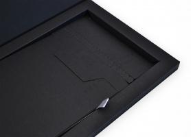 Индивидуальная упаковка для 3х пластиковых карт